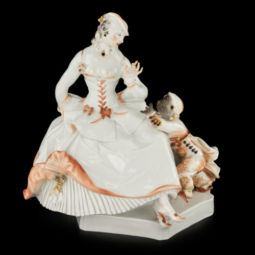 Group of a lady and a Moor boy by Paul Scheurich for Meissen, Urstück No. 4 of 11, circa 1921.
