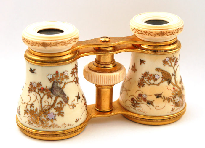 Shibyama-decorated opera glasses c.1890