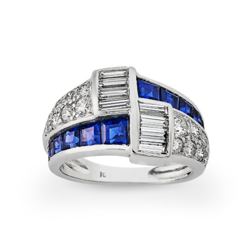 1940's Diamond and calibre sapphire ring set in platinum