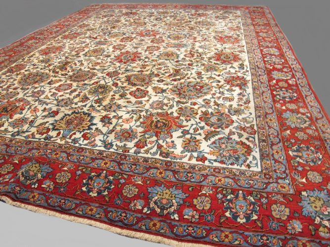 Attractive fine Persian Qum carpet Size: 3.15 x 2.35 metres - 10'4 x 7'9 feet An attractive refined weaving of the 1930s with a harmonious light colour composition and large scale drawing in relation to its size.