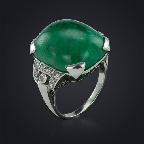 Don't be shy, 20 carat cabochon emerald 1930's ring set in platinum and diamond (French made)