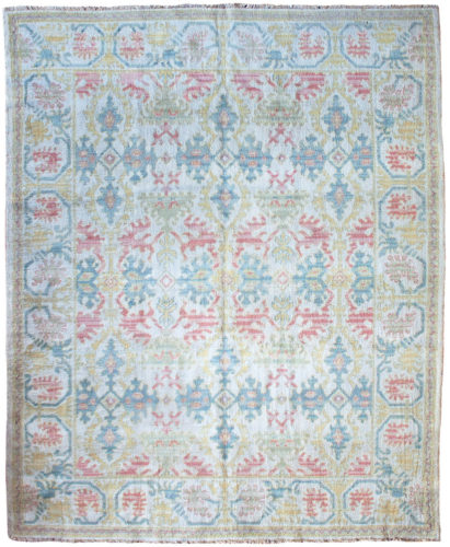 Spanish Cuenca carpet, circa 1920. 2.46 x 1.98m