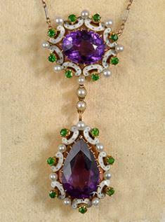 Important rare Suffragette pendant - enamel, pearl, green garnet pendant with platinum gold pearl chain