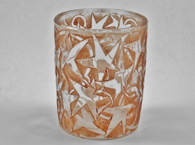'LIERRE No.1121' - A clear, frosted and sepia stained 'Gobelet porte-cigarettes' by Rene Lalique, Circa 1920.