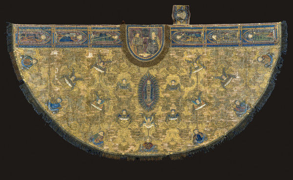 Opus Anglicanum a cape with embroidered images. English, circa 1500.